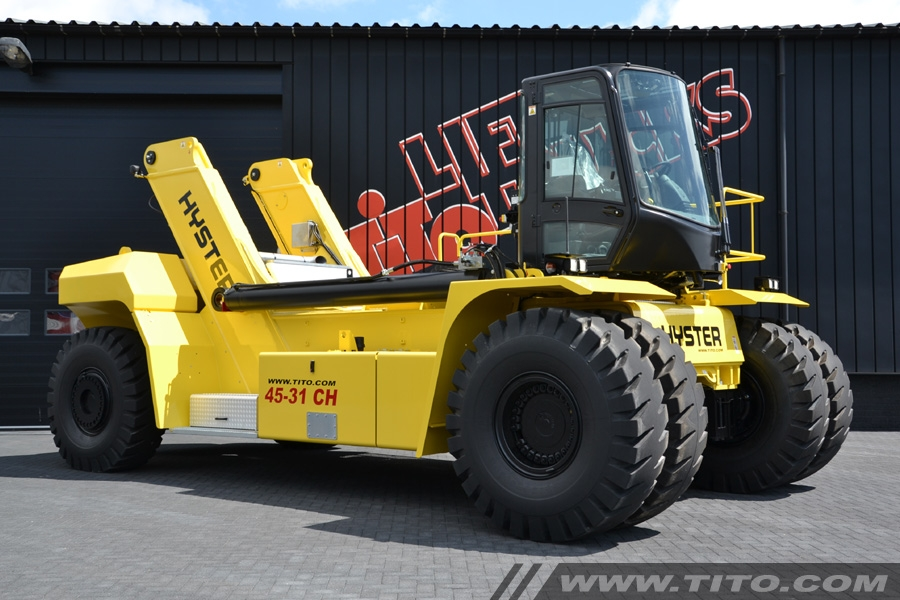 Hyster RS45-31CH 45t reach stacker for sale