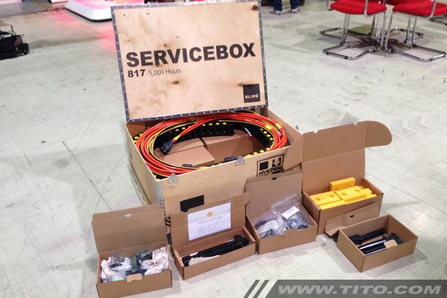 Elme 817 spreader servicebox