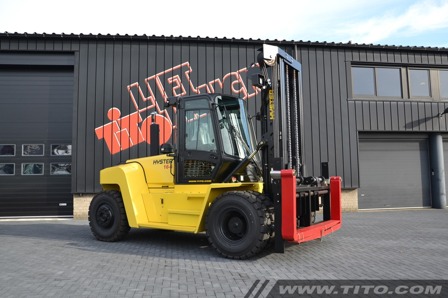SOLD // Hyster H16XM-6 Advance 16 tonne forklift