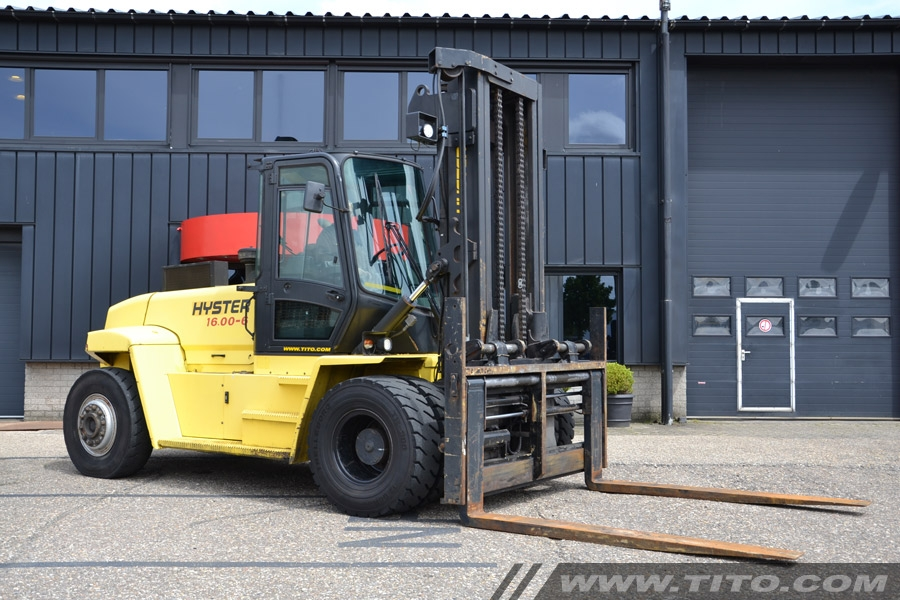 Used 16 ton Hyster forklift H16.00XM-6