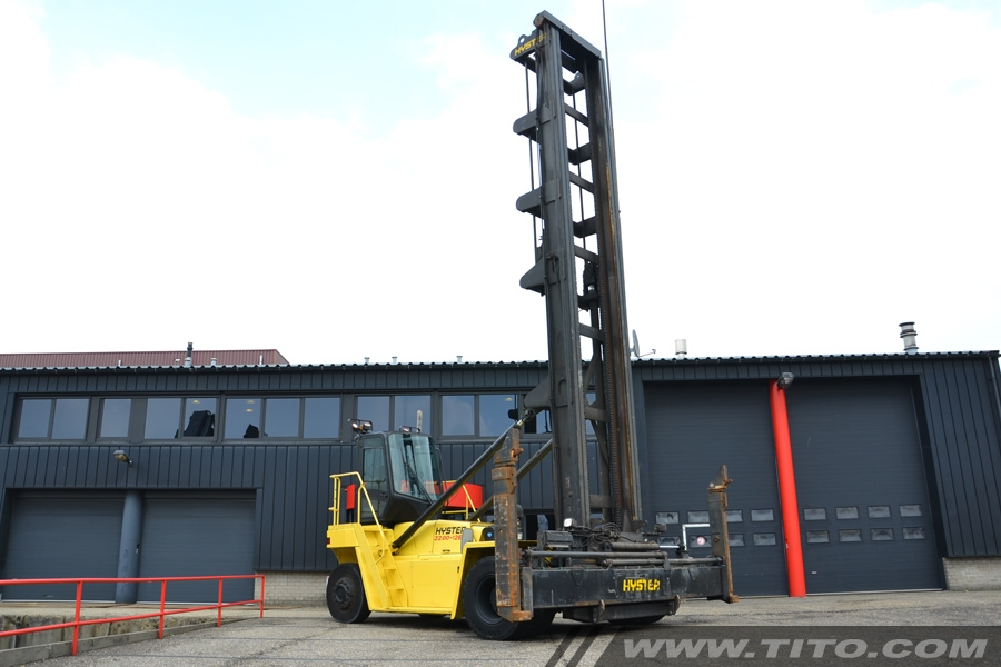 SOLD // Hyster H22.00XM-12EC empty container handler