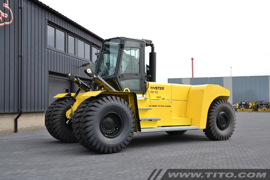 sold // 32t Hyster forklift H32XM-12 for sale