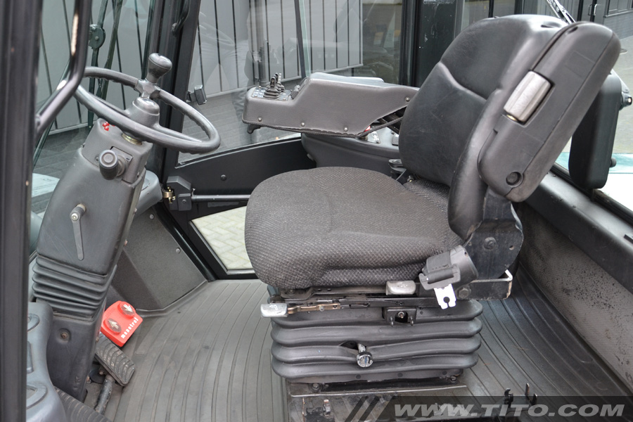 SOLD // used 16 ton forklift for sale