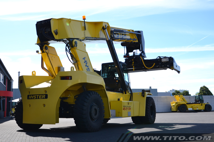 Reachstackers & big forklifts | Tito Lifttrucks | HYSTER REACH STACKER