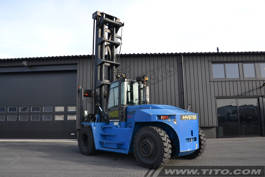 SOLD // Used 18 ton Hyster forklift for sale