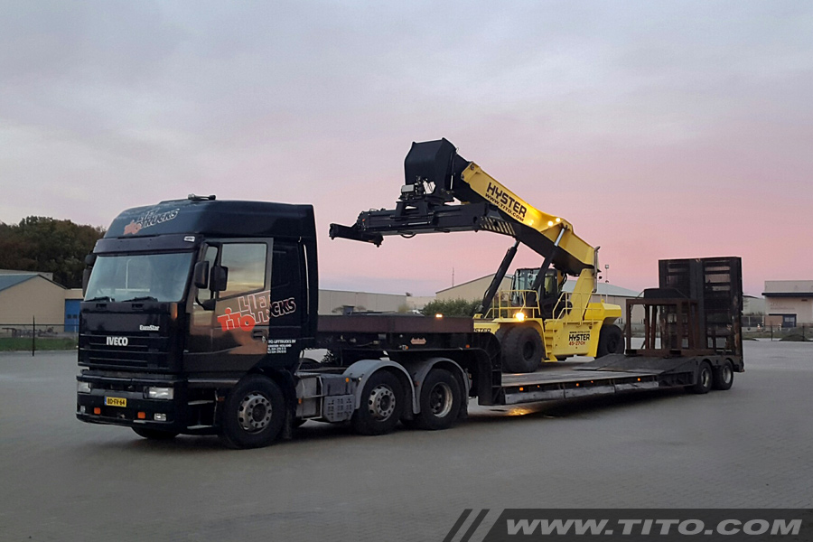 reach-stacker-transportation-blog231116