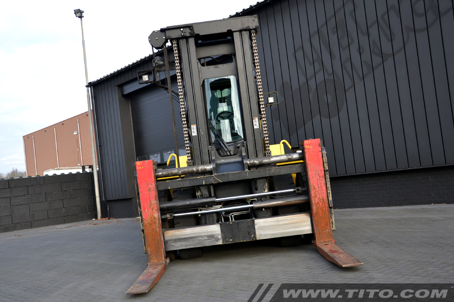 SOLD // used 18 ton hyster forklift / coil handler for sale